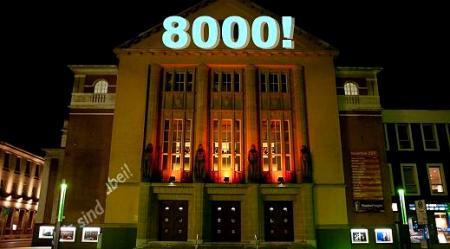 8000-theater