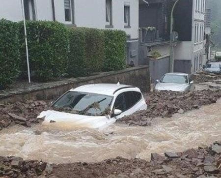 Hochwasser_Nahmerstrasse_Foto_FW_Hagen