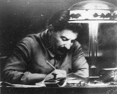 Josef Stalin als Christian Lindner